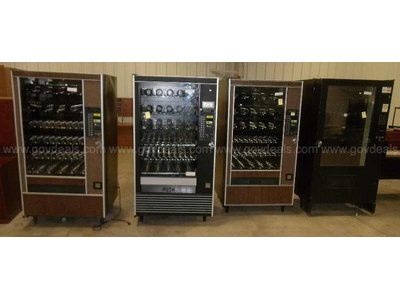 Lot of 4 Snack Machines